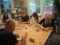 keramiek workshop voor kleine groepen, familiefeestjes, vriendengroep