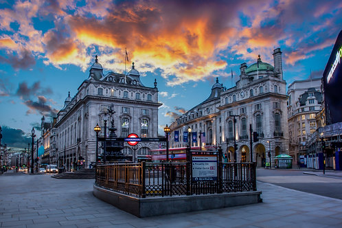 Piccadilly Circus sun set