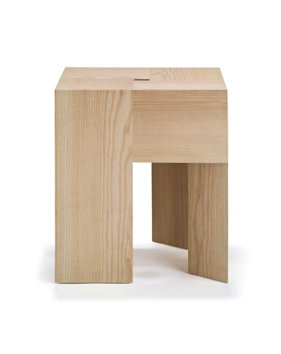 TriAngle Stool Solid Ash