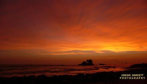 Udeshi Hargett Photography (no filter) - Sunset in Hikkaduwa, Sri Lanka