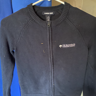 Girls sweater, horizontal logo zip up