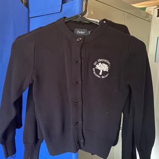 Girls sweaters, round logo (YXXS, 2 XS)