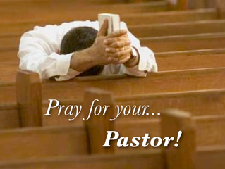 5 Reasons to Pray for Your Pastor