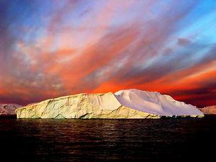 shutterstock_14745406_Antarctica.jpg