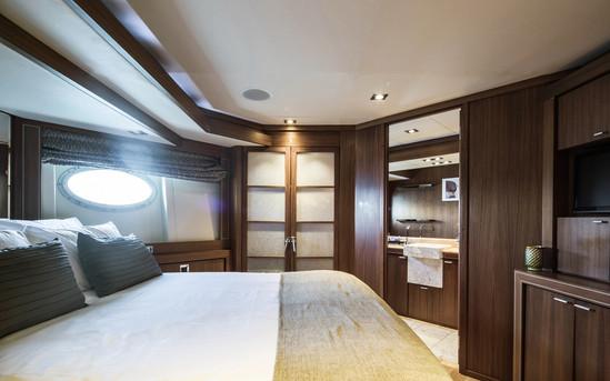 Yacht Bagheera 38.jpg
