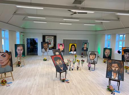 Kunstutstilling på nyoppussede Vadlatun!
