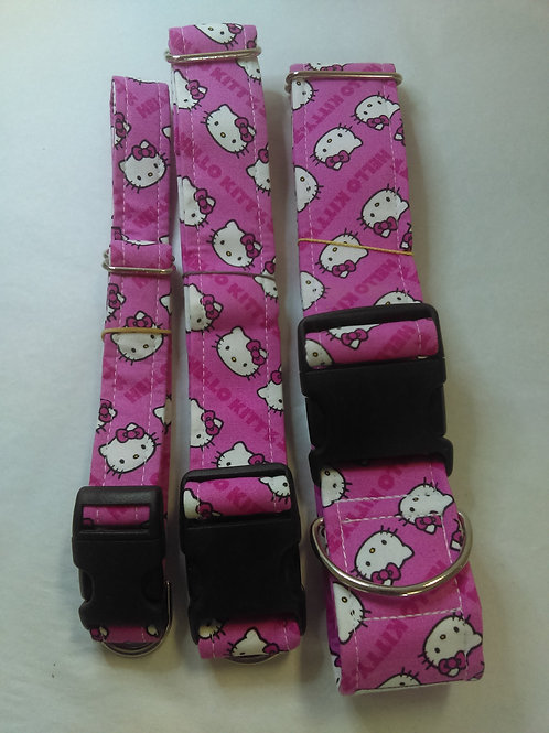Peachy Keen Hello Kitty Collar