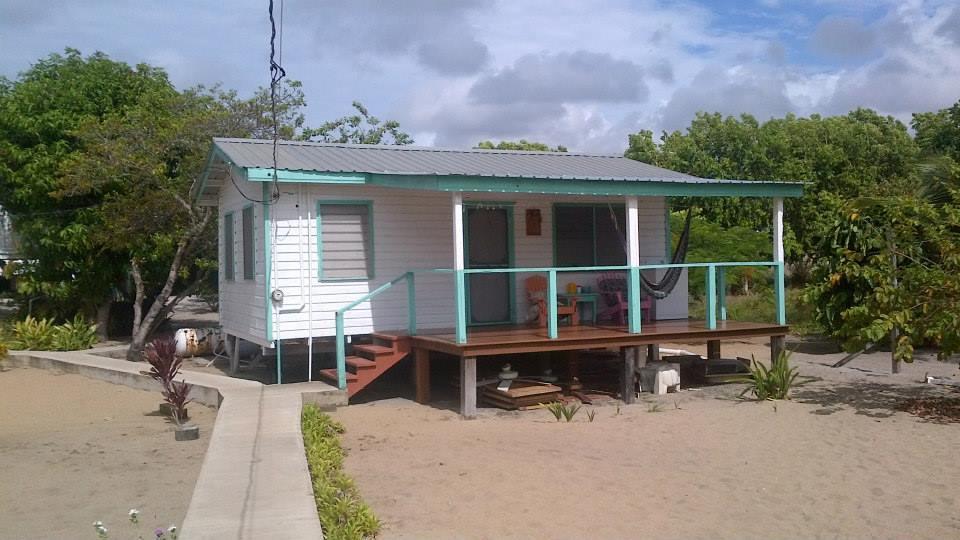 placencia beach house