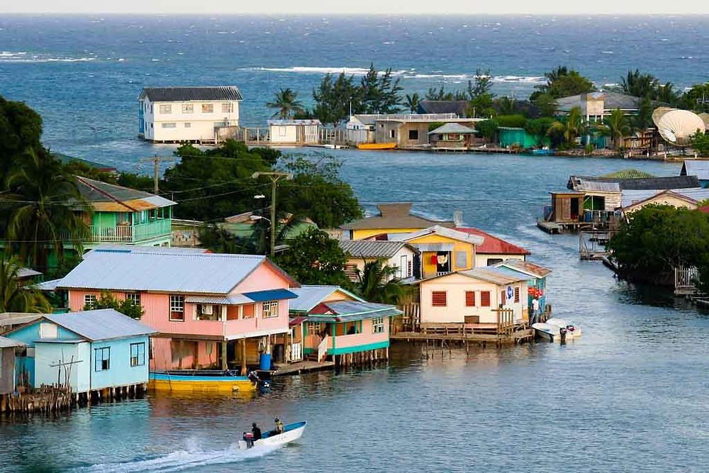 roatan bay islands honduras