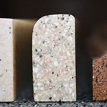 plintus-granitniy.jpg