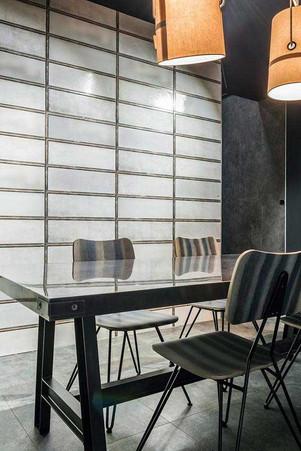 DSL017_kitchen - INDUSTRIAL WHITE GLASS 20X60