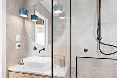 Cementia Grey Matt 75 RAK557_bathroom