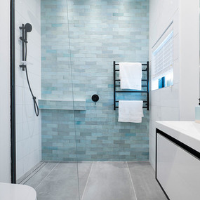 EQU054_bathroom__  Artisan Aqua Gloss 6.