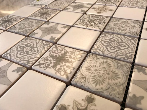 Chateau Fleur 4.8x4.8 Beige 30x30 Mosaic