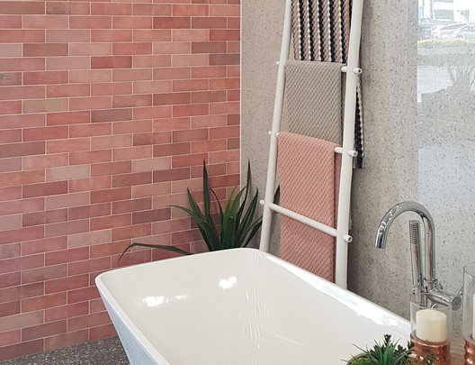 EQU055_bathroom2__Artisan Rose Mallow Gl