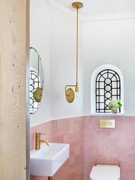 EQU066_bathroom__Artisan Rose Mallow Glo