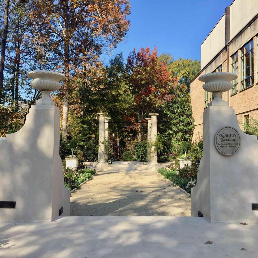 Olguita Goizeta Memorial Garden 05