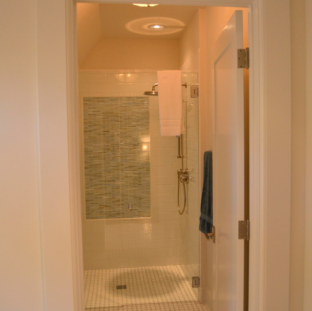 King Walker Bathroom