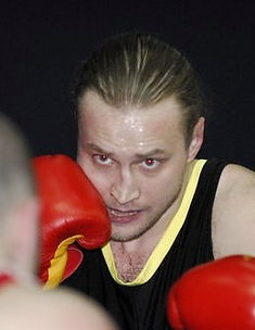 Павел Лобков сават бокс