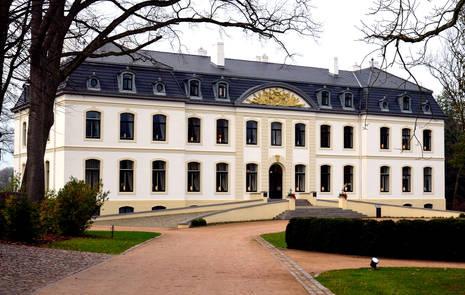 Gut Weissenhaus