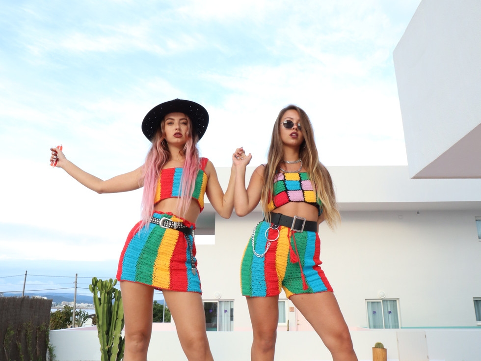FINESSE TWO PIECE & HOOCHIE TOP