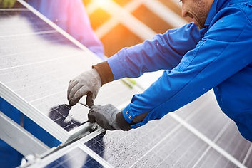 solar-panel-routine-service-maintains-in