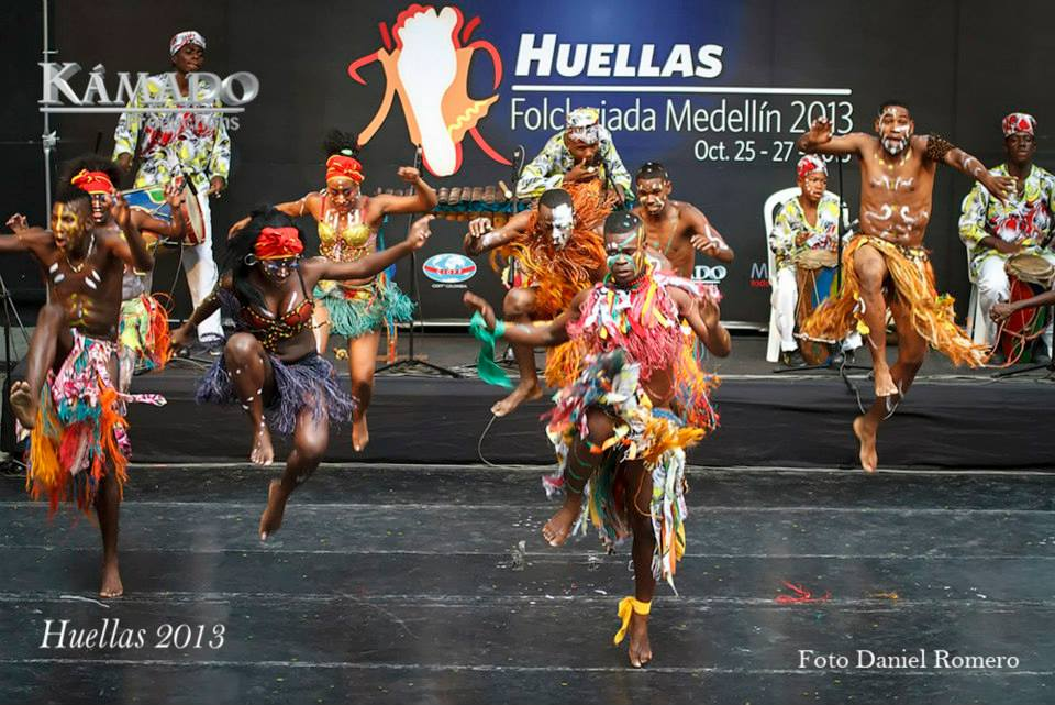 Huellas 2013
