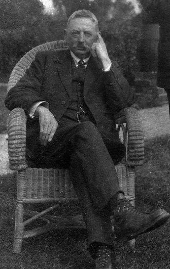 George Holden 1.jpg