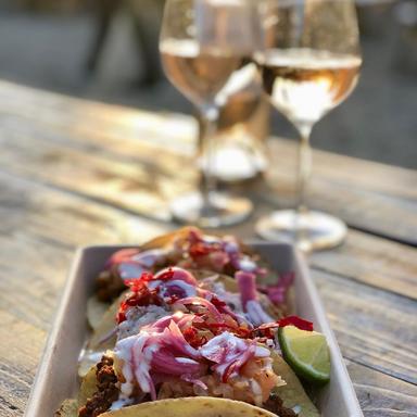 Det Fedtede Hjørne labambar tacos