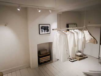 Painting a clothing shop