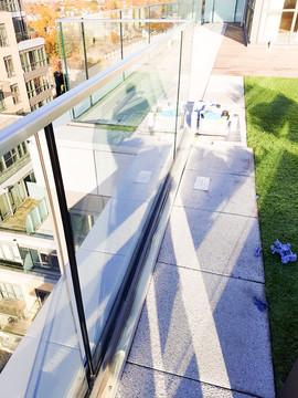 glass-track