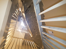 Filling staircase to get perfect edges and curves