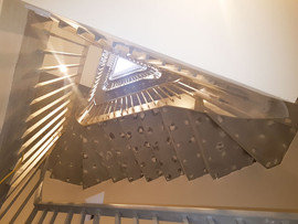Sanding Staircase With Edges