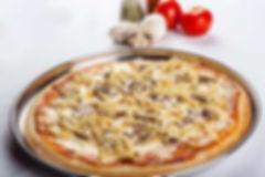 2 pizzas familiares de jamón mas gaseosa de 2 litros