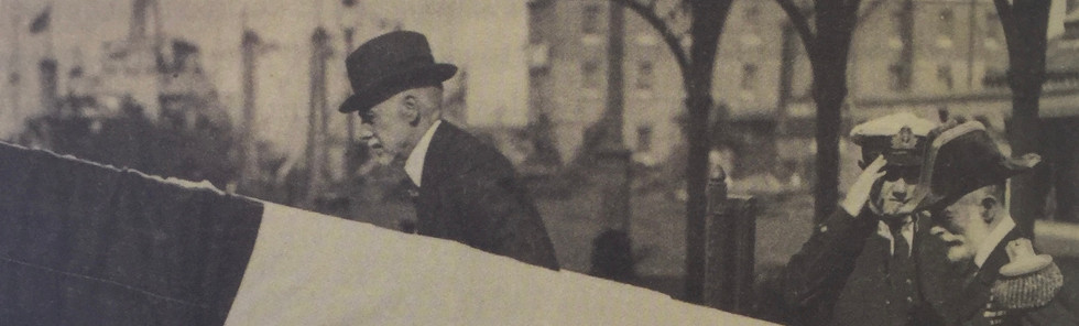 MTG embarca em 1917 no cruzador Carysfort, abandonando Londres.