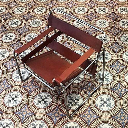 Marcel Breuer, Paire de fauteuils Wassily