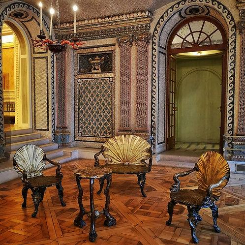 Salon de grotte, mobilier de grotte, fauteuil coquille