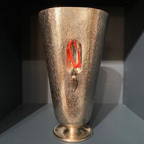 Argenteria Dabbene, Vase en argent massif et corail