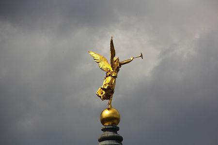 angel-2437257_1920.jpg