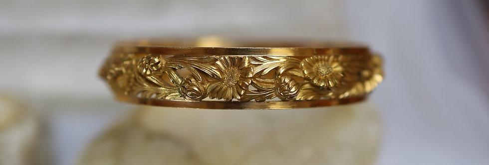 Amazing Art Nouveau Bangle Bracelet Signed and Marked French 18k Gold