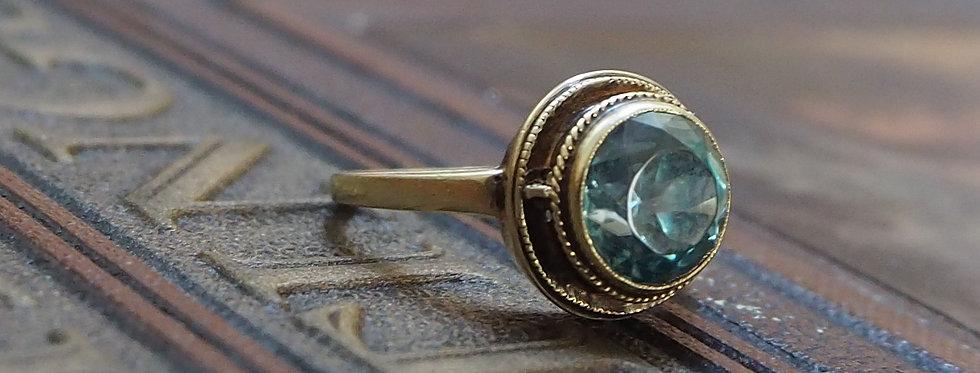 Art Deco Blue Zircon Ring in 14k Yellow Gold