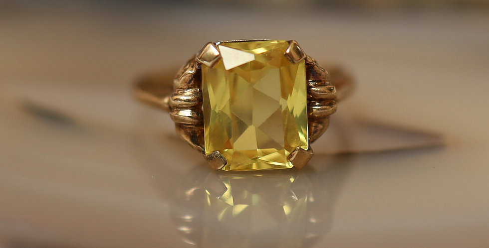 Radiant Cut Lemon Citrine Ring in 10k Pink Gold Mounting