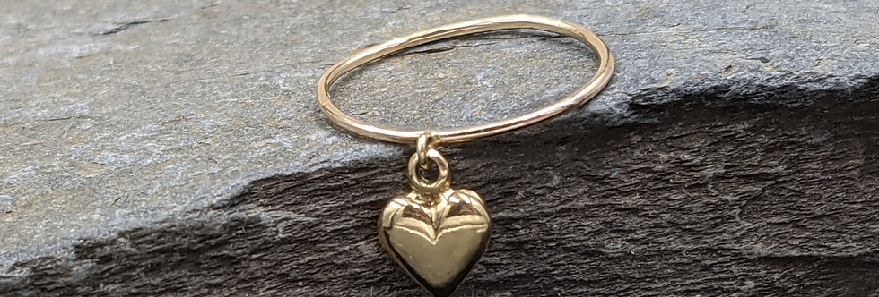 14k Puffy Heart Charm Ring / Heart Ring / Heart Band