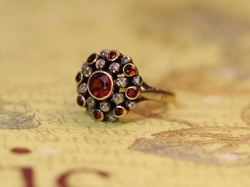 Victorian Bohemian Garnet 18k Yellow Gold and Silver Ring