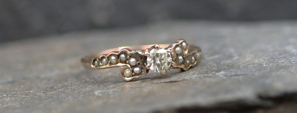Victorian Diamond Ring with Pearls and Diamonds 0.21 cts