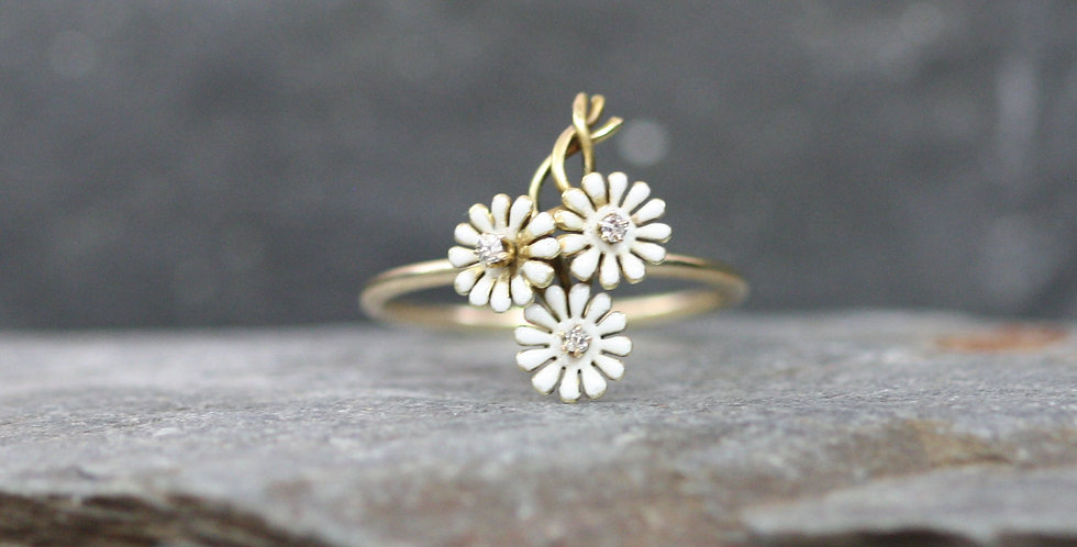 Antique Victorian Forget Me Not Diamond Ring with White Enamel in 14k Gold