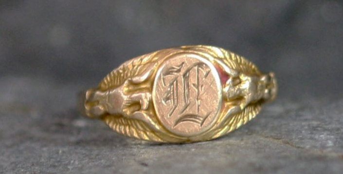 Art Nouveau Signet Ring in 14k Yellow Gold Antique Signet Ring