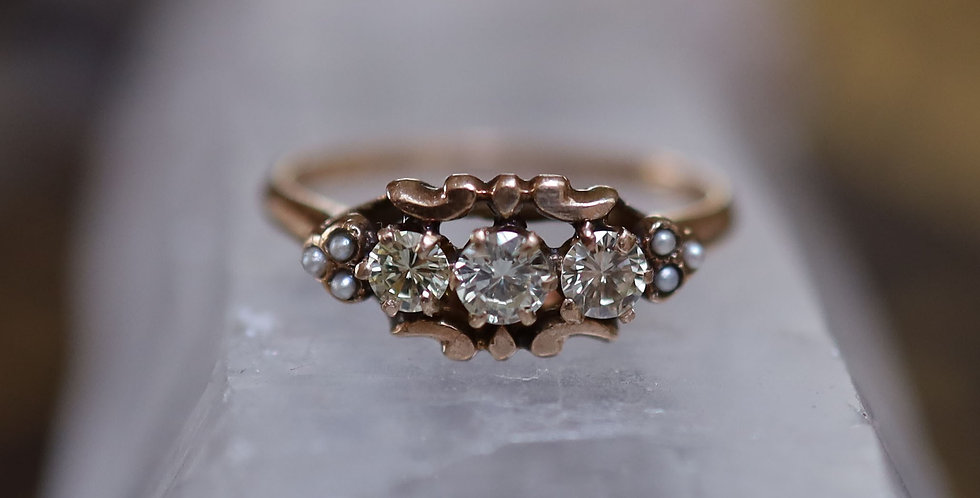 Victorian Three Stone Diamond Ring with Pearls / 3 = 0.45 cts