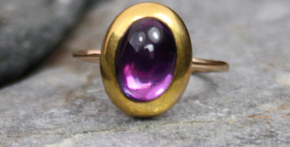 Art Nouveau Amethyst Ring in 14k Yellow Gold
