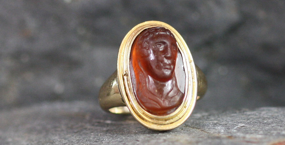 Georgian Cameo Ring of Madonna in 14k Gold / Carved Carnelian of the Virgin Mary